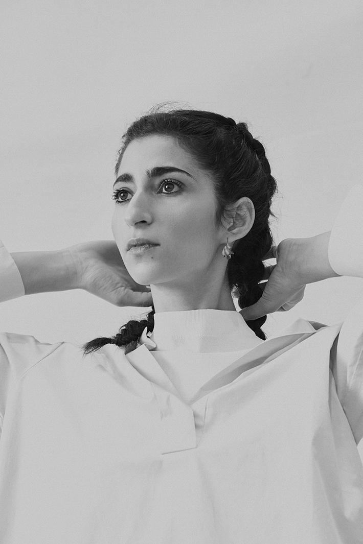 Alba Flores by Mirta Rojo (Vogue Spain)