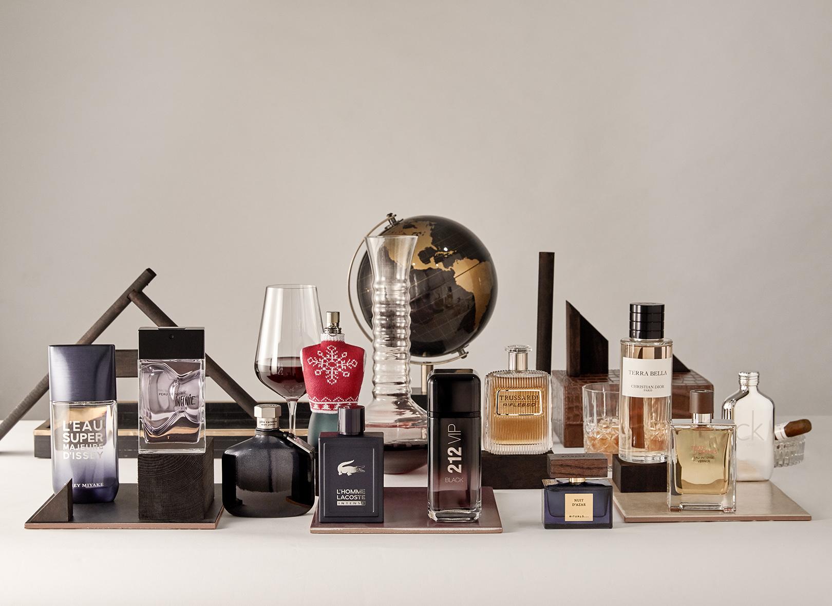 Bodegón perfumes by Mirta Rojo (GQ Spain)