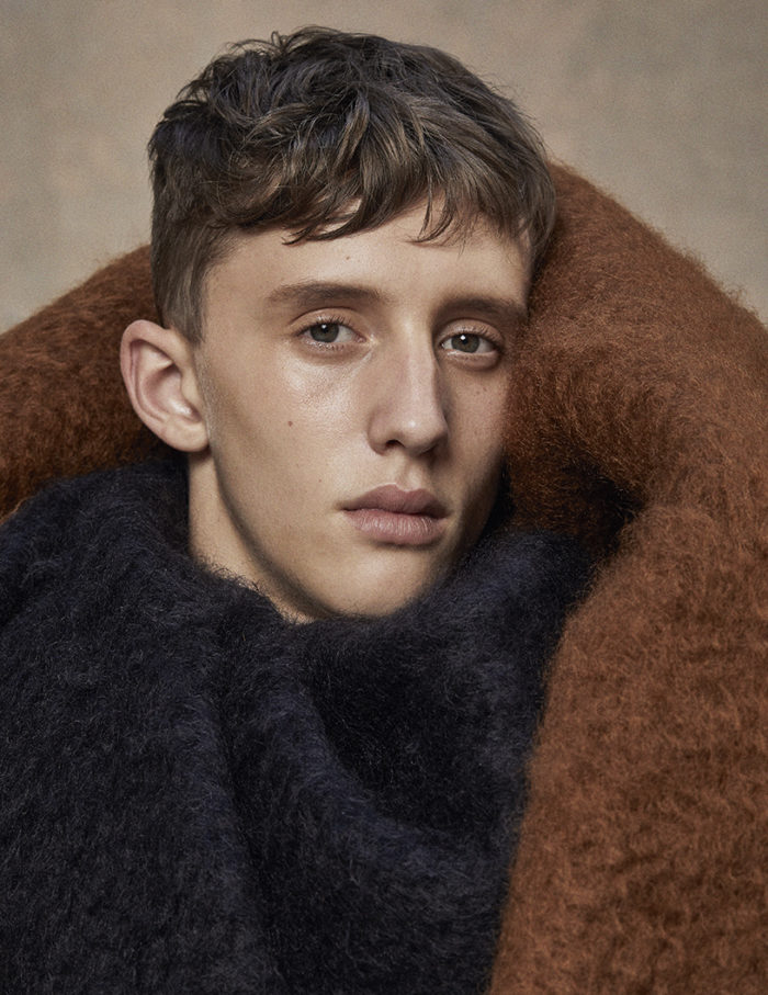 Loewe, Moisés Campelo by Mirta Rojo (Vogue Spain)