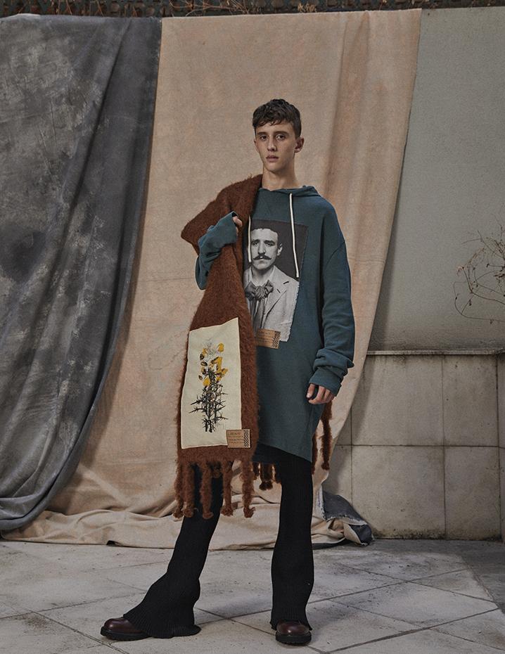 Loewe, Moisés Campelo by Mirta Rojo (Vogue Spain)